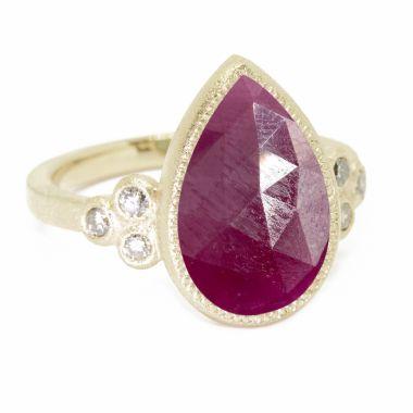 Nina Nguyen Designs Mia Small Gold Ring